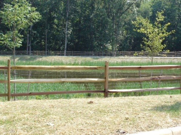 A Beginner S Guide To Split Rail Fencing Hercules Fence
